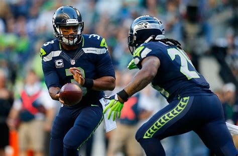 seattle seahawks rumors marshawn lynch signs contract