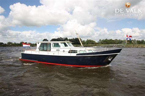 Klein Motorbootje Kopen by Motorjacht Open Kuip Motorboot Te Koop Jachtmakelaar De Valk