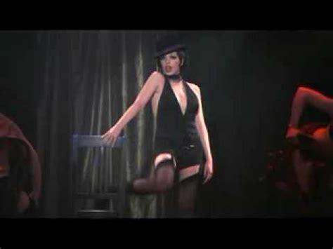 liza minnelli turns a l hulu liza minnelli performing mein herr with chair the