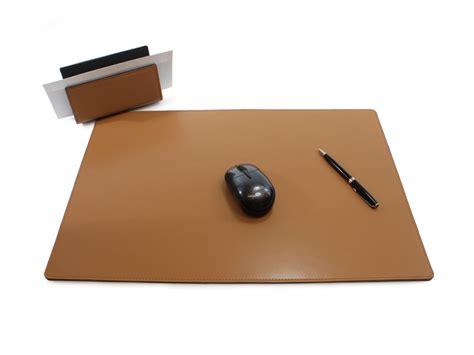 sous de bureau en cuir noir