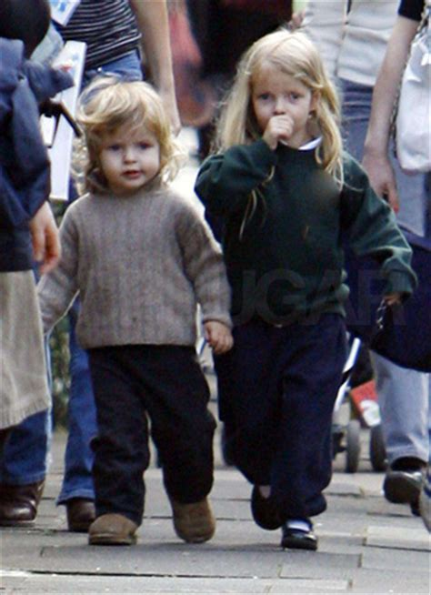apple martin and chris martin apple and moses don 39 t fall far from gwyneth popsugar moms