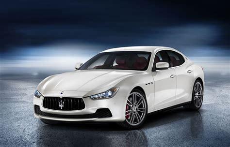 Rent Maserati Ghibli