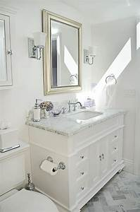 17 best ideas about small bathroom vanities on pinterest With tips to make beautiful small bathroom vanity