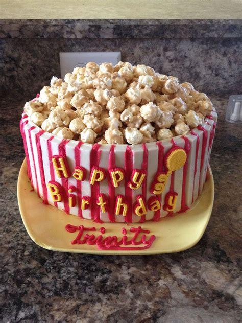 popcorn bucket cake  circle cakes  top