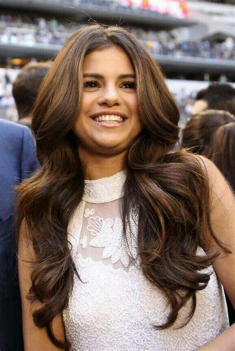 selena gomez hairstyles hairstylo