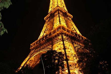 illuminazione torre eiffel torre eiffel e rinnovabili a prima vista sunisyou