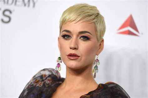 Katy Perry Feels All the Awkward Moments on 'Small Talk ...