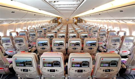 siege a380 emirates emirates sweeps 2015 apex passenger choice awards with