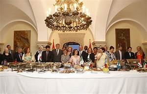 Royal Couple hosted International Cuisine Dinner at The ...  Royal