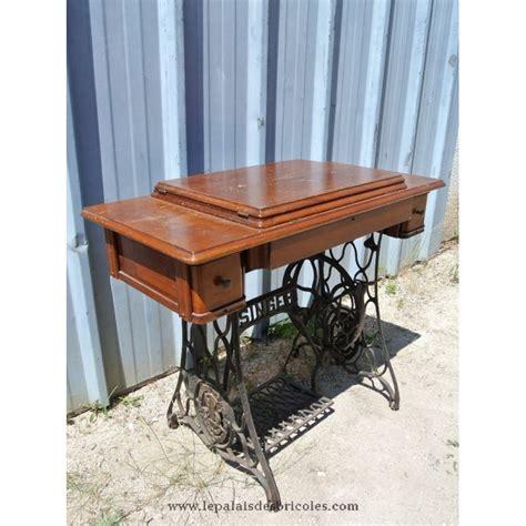 ancienne le de bureau ancienne table de machine à coudre singer pour bureau le