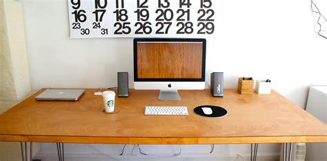 Modern Office Desk Decor Trend