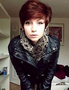 girl brown hair piercings short hair septum piercing | My ...
