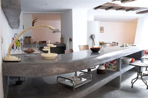 cuisine appartement parisien πατητή τσιμεντοκονία στην κουζίνα ανακαίνιση