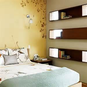 wanddeko schlafzimmer built in bookshelves 20 small bedroom design tips sunset