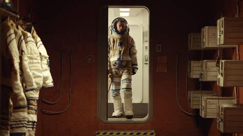 glimpse  claire denis sci fi high life   teaser trailer firstshowingnet