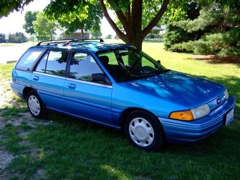 how to fix cars 1994 ford escort security system bombjbird 1994 ford escort specs photos modification info at cardomain