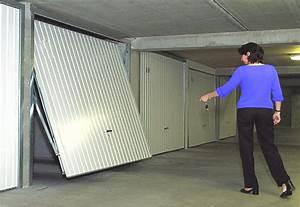 Barre De Sécurité Porte De Garage Basculante : porte de garage basculante saint ghislain la louvi re ~ Edinachiropracticcenter.com Idées de Décoration