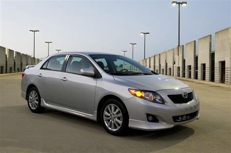 toyota corolla review top speed