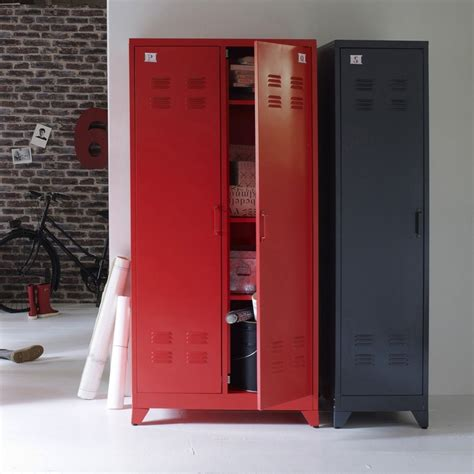 vestiaire metallique ikea maison design goflah