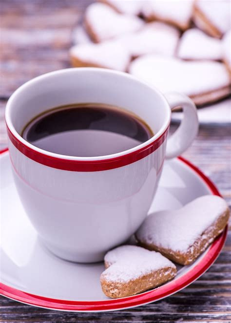 Coffee beans transparent images (1,437). Coffee cup and biscuits, cookies in the shape of heart on wooden background - Coffee cup and ...