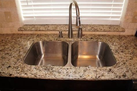New Venetian Gold Granite   Kitchen   Hardwood Flooring
