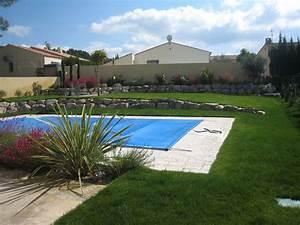 Massif Autour Piscine : am nagement d 39 un jardin autour d 39 une piscine velaux amenagement entretien paysager ~ Farleysfitness.com Idées de Décoration