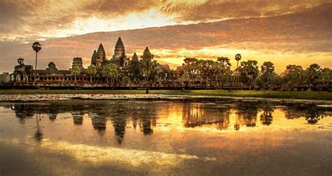 Sunrise Angkor Wat Picture Of Angkor Explore Day Tours