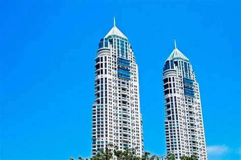 hafeez contractor  imperial  ii  twin towers