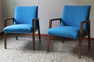 Fauteuil Bleu Scandinave : fauteuils design scandinave 70 39 s bleu inspiration vintage ~ Teatrodelosmanantiales.com Idées de Décoration