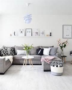 Grau Weißes Sofa : die 25 besten graue sofas ideen auf pinterest couch grau wohnzimmer teppich grau wei und ~ Indierocktalk.com Haus und Dekorationen