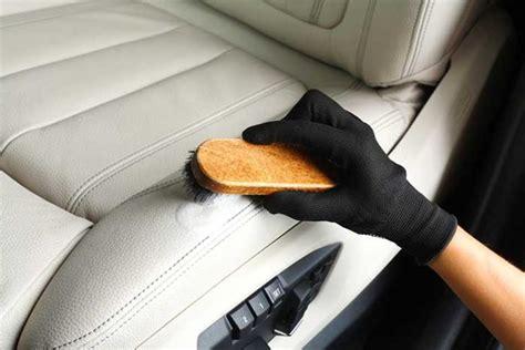 nettoyer siege voiture tissu technique de pro pour nettoyer les si 232 ges en cuir de voiture