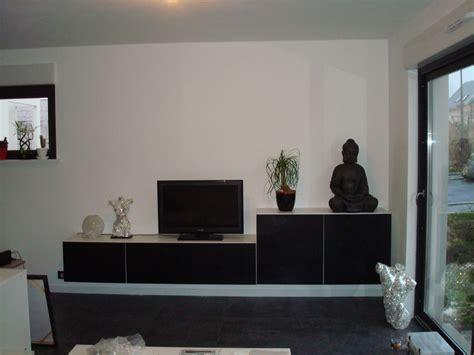 photo meuble tv en cours de montage ikea besta deco salon sam meuble tv ikea besta et ikea