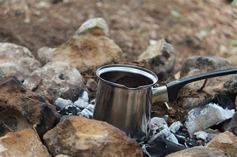 Rather your talking about espresso, pour over, cold brew, nitro, french press, mocha pot, or regular ole drip coffee, there are alot of ways to brew up these magical beans of happiness. 7 Different Ways to Make Coffee at Home | Vegan Daydream