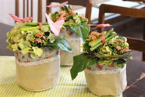blumentorte selber machen tischdeko spargel floristik l 246 sslin tischdekorationen tischdekoration sonntagskaffee