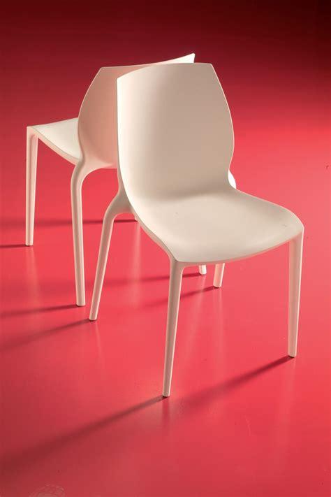 chaises couleur hidra chaise empilable de bontempi casa en polypropylène
