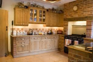 cabinet ideas for kitchens rustic kitchen designs pictures and inspiration
