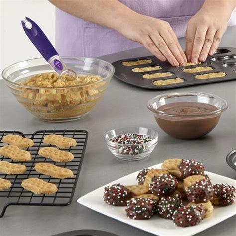 sugar cookies  cookie pans recipe wilton