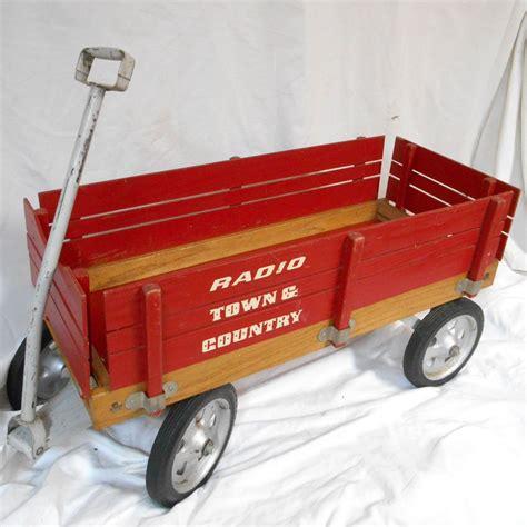 town  country radio flyer wagon  wagon
