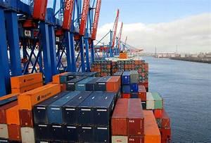 Container Kaufen Hamburg : 2216 das containerschiff am containerterminal altenwerder ist fertig beladen hoch stapeln sich ~ Markanthonyermac.com Haus und Dekorationen