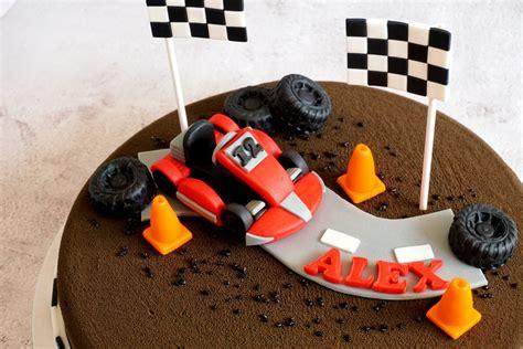 Kūkas ar figūrām un dekoriem - Kūkas ar figūrām - Cake Fab kūku veikals