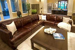 Furniture add luxury to your home with full grain leather for Sectional sofas farmers furniture