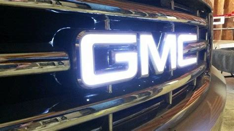 Illuminated Gmc Logo(s)