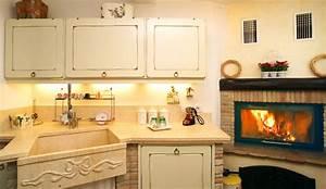 Cucine Con Camino Home Interior Idee Di Design Tendenze E ...