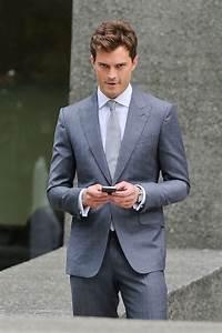 Shades Of Grey Film : pictures of jamie dornan on fifty shades of grey film set ~ Watch28wear.com Haus und Dekorationen
