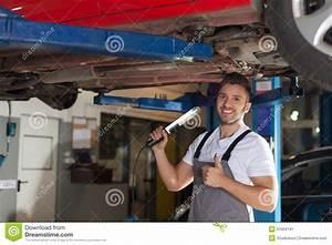 Traitement Anti Corrosion Chassis Voiture : protection contre la corrosion de ch ssis de voiture approuv e image stock image du adulte ~ Melissatoandfro.com Idées de Décoration