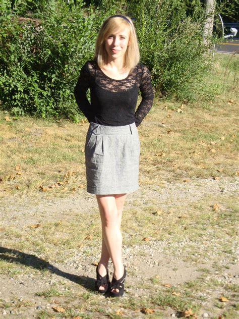 Feminine Husband Dress Corset Lipstick