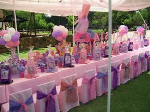 """""""Barbie and the 12 Dancing Princesses"""" 