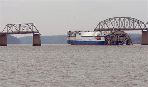 Boat Crash Kentucky by Thecatsdomain Message Boards Cargo Ship Hits Bridge