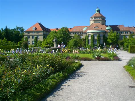 Botanischer Garten Freiburg Parken by Brenneter Irisgarten Irissammlungen In Europa