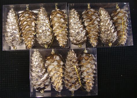 large luxury pine cone baubles gold pinecone